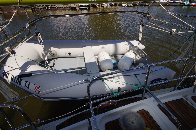 43 Jeanneau 2002 muskegon | Denison Yacht Sales