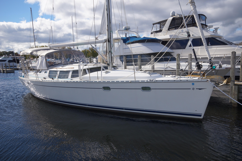 43 Jeanneau 2002 muskegon   Denison Yacht Sales