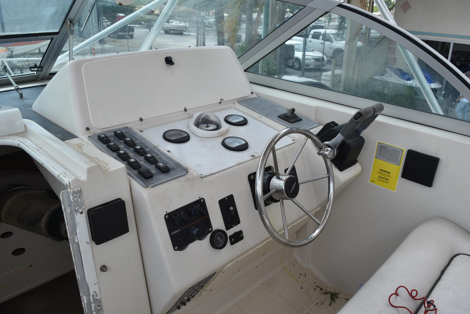 1996 Pro-Line boat for sale, model of the boat is 2950 & Image # 19 of 29