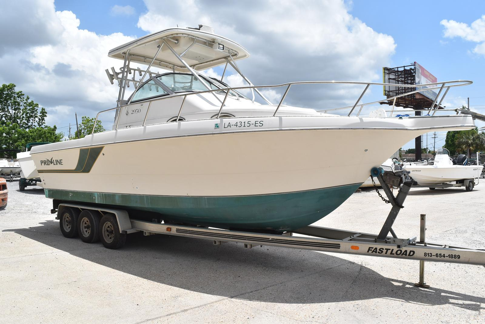 1996 Pro-Line boat for sale, model of the boat is 2950 & Image # 21 of 29