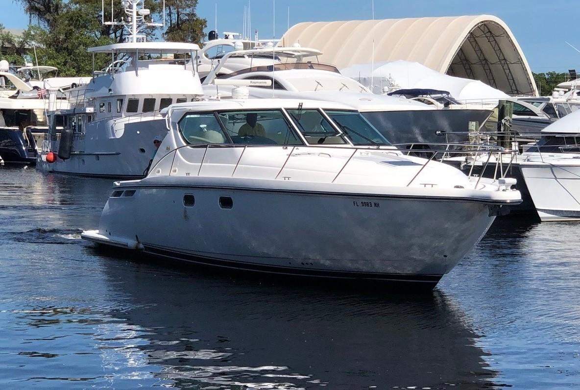 43' Tiara 4300 Sovran Motor Yacht NO NAME