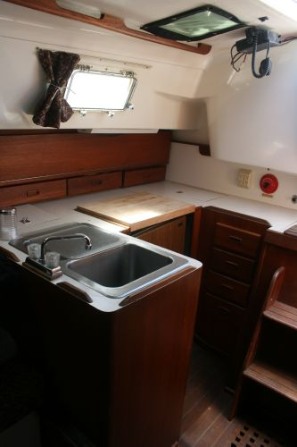 Large U shaped galley
