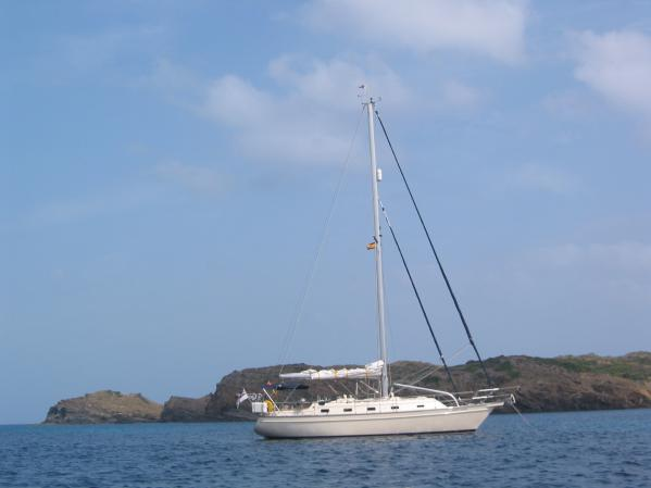 Island Packet 380 (2001). We are delighted to offer this Island P..