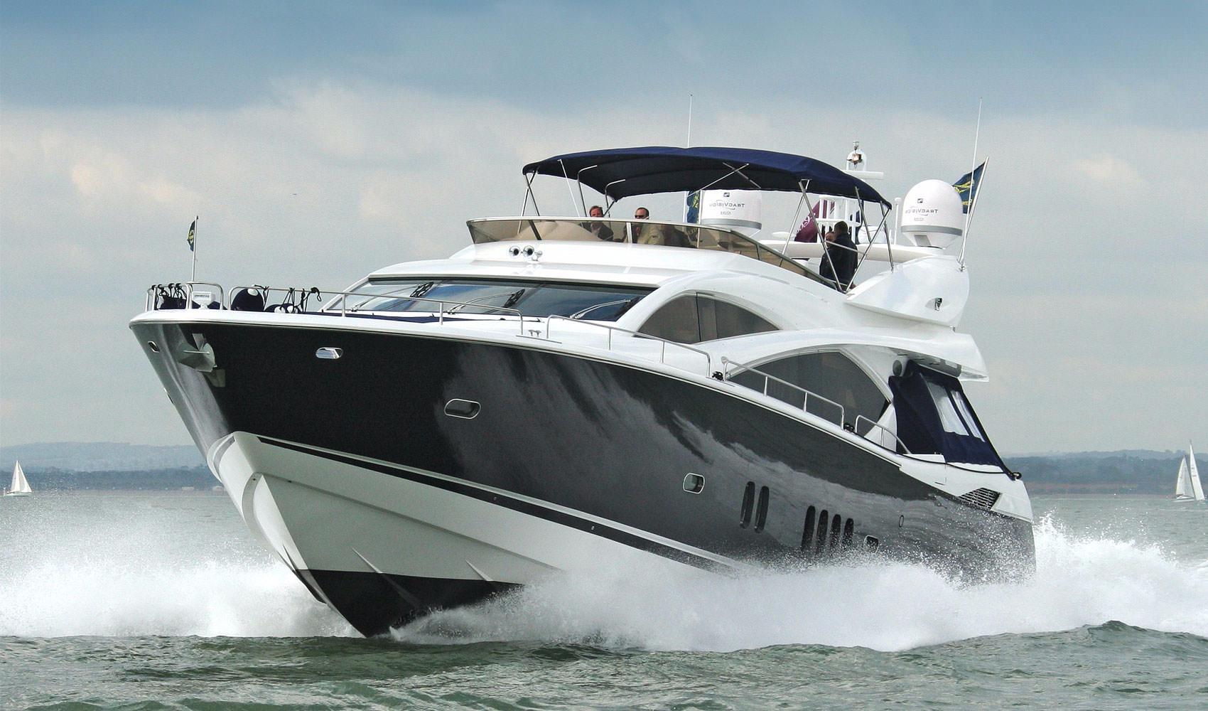 82.5 ft Sunseeker 82 Yacht