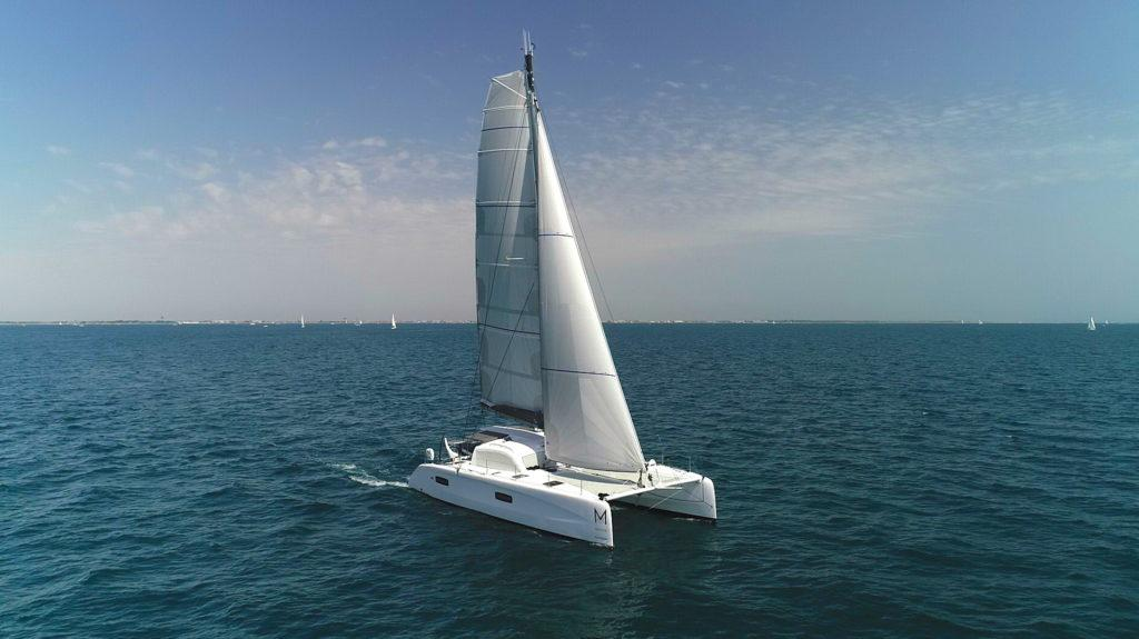 Sailing outremer