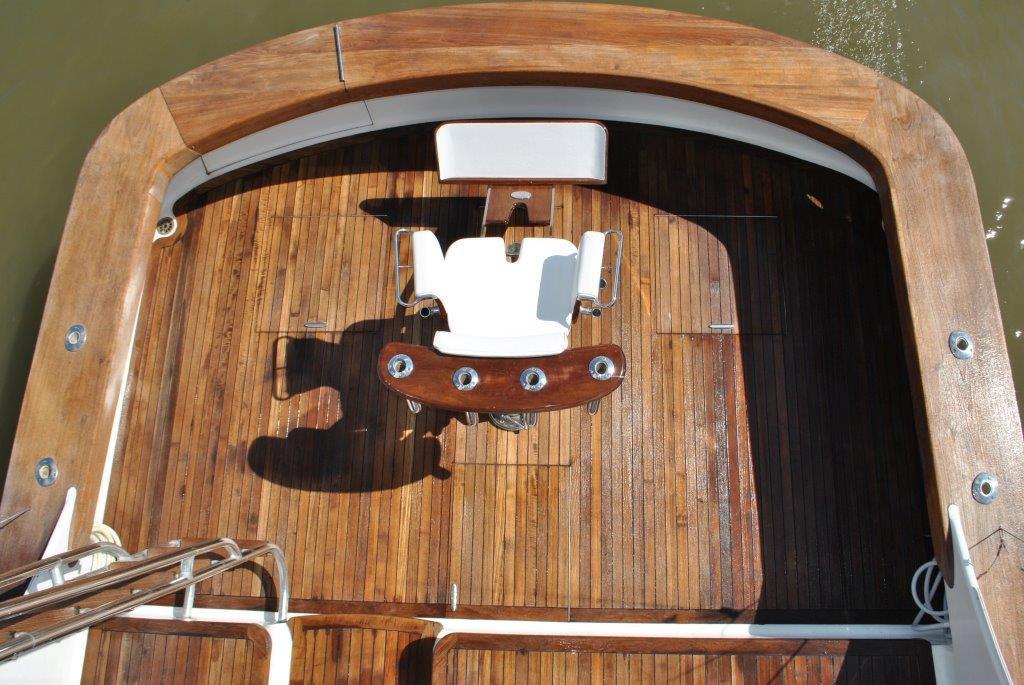 Cockpit from bridge