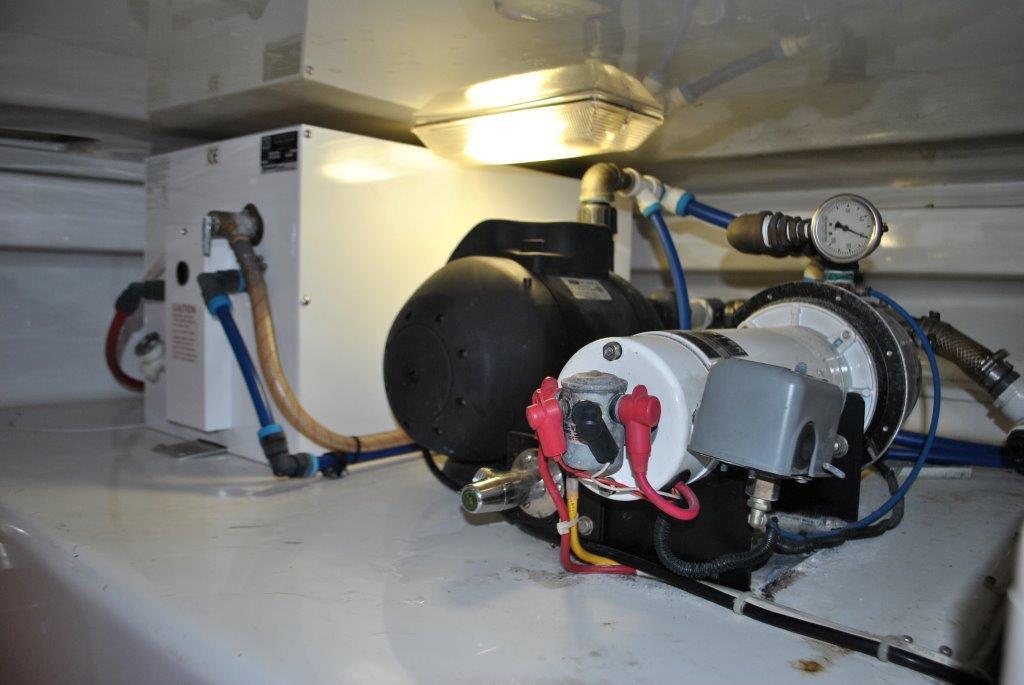 110/12 volt water pumps