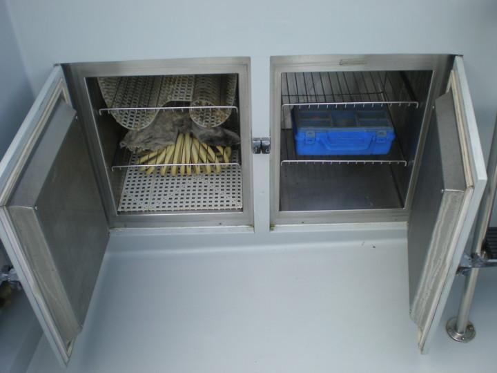 Cockpit freezers