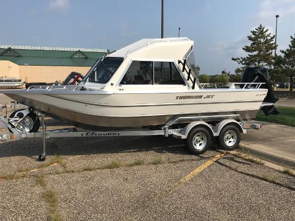 2018 THUNDERJET LUXOR 20 for sale