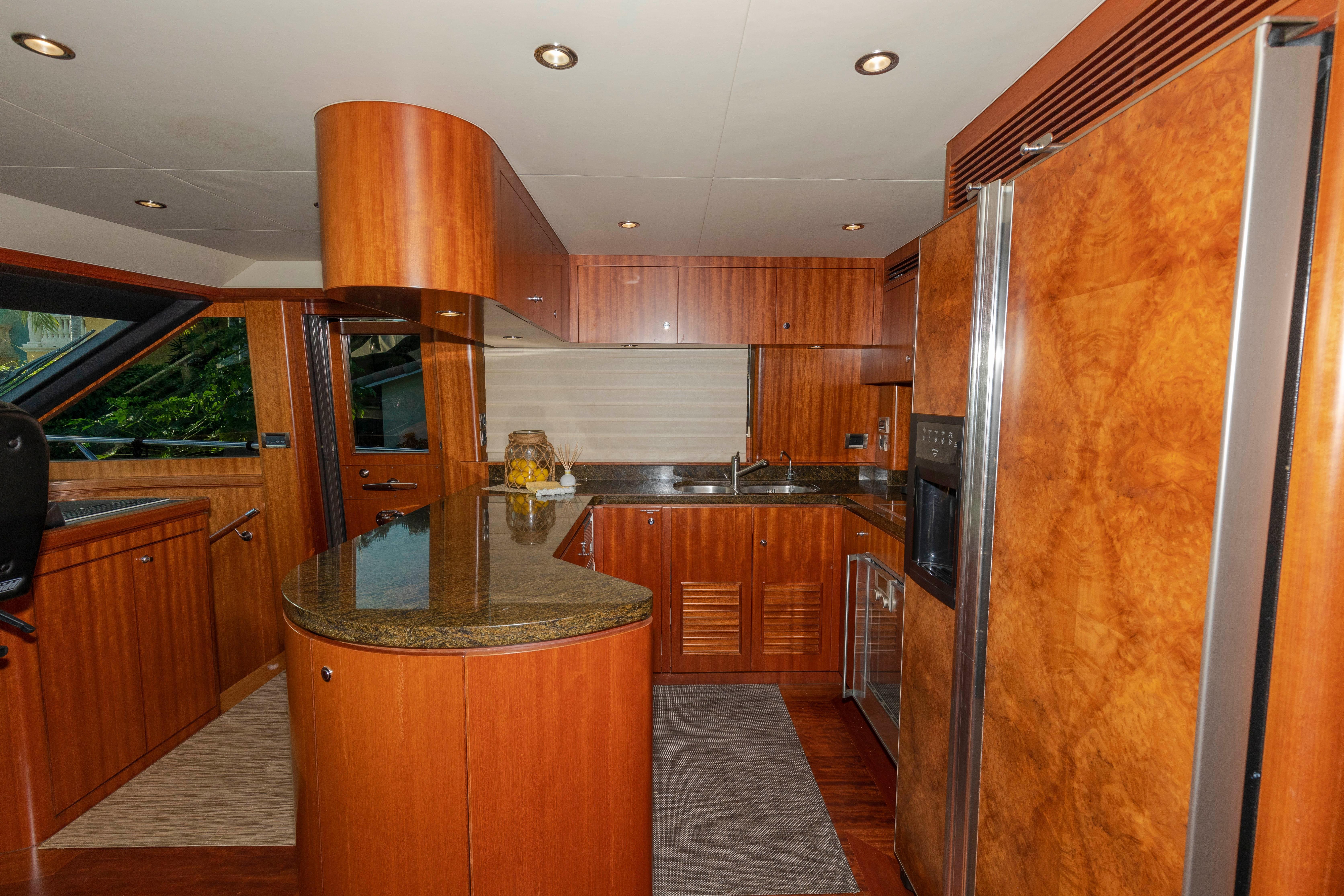 68 Ocean Alexander Sojourn 2010 Ft  Lauderdale | Denison Yacht Sales