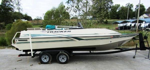 2000 TRACKER BOATS DECK BOAT for sale