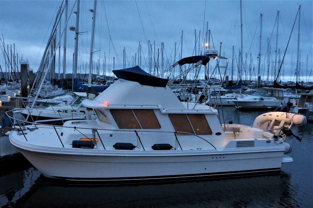 Picture Of:  32' SeaSport Pacific 3200 2000Yacht For Sale | 24