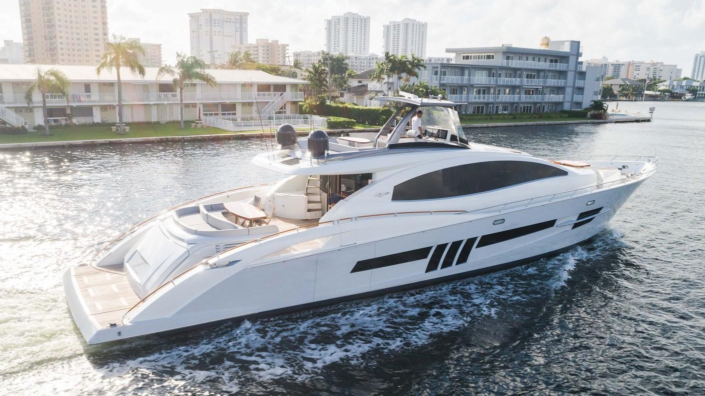 92' Lazzara Yachts 2012