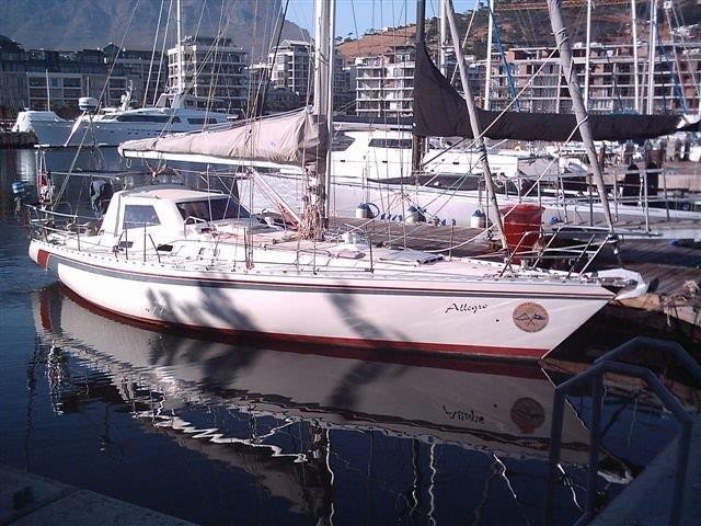 Vickers Yachts Cape Vickers 41 Boat For Sale