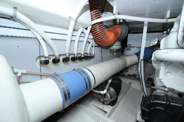 2010 Neptunus 58 Flybridge Motoryacht