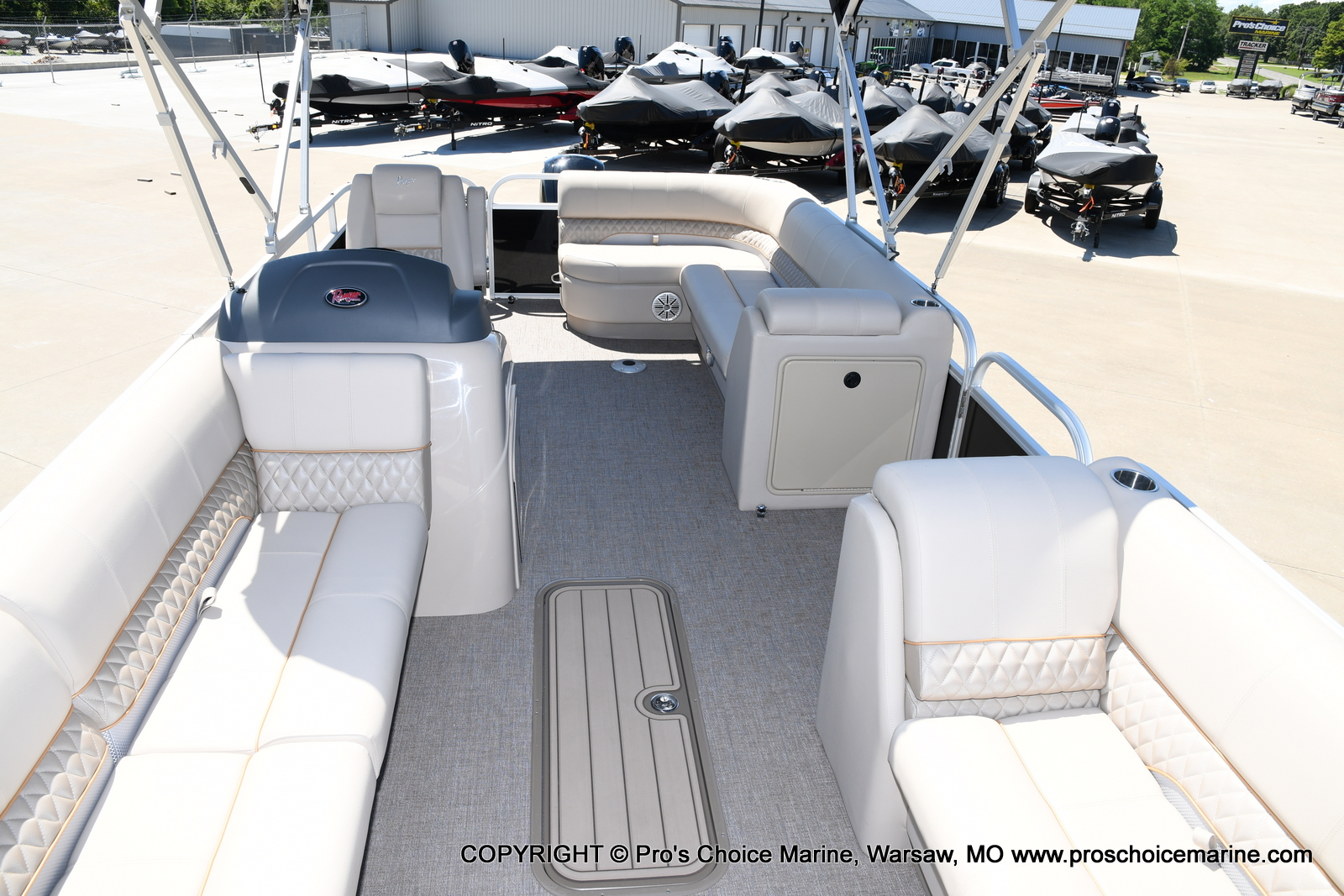 2021 Ranger Boats boat for sale, model of the boat is 223C TRIPLE LOG & Image # 29 of 50
