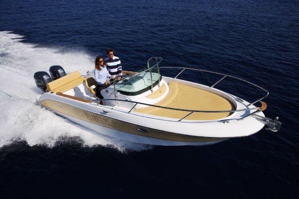 Sessa Key Largo 30. Length: 29.5 feet. Model Year: 2009. Price: €104000