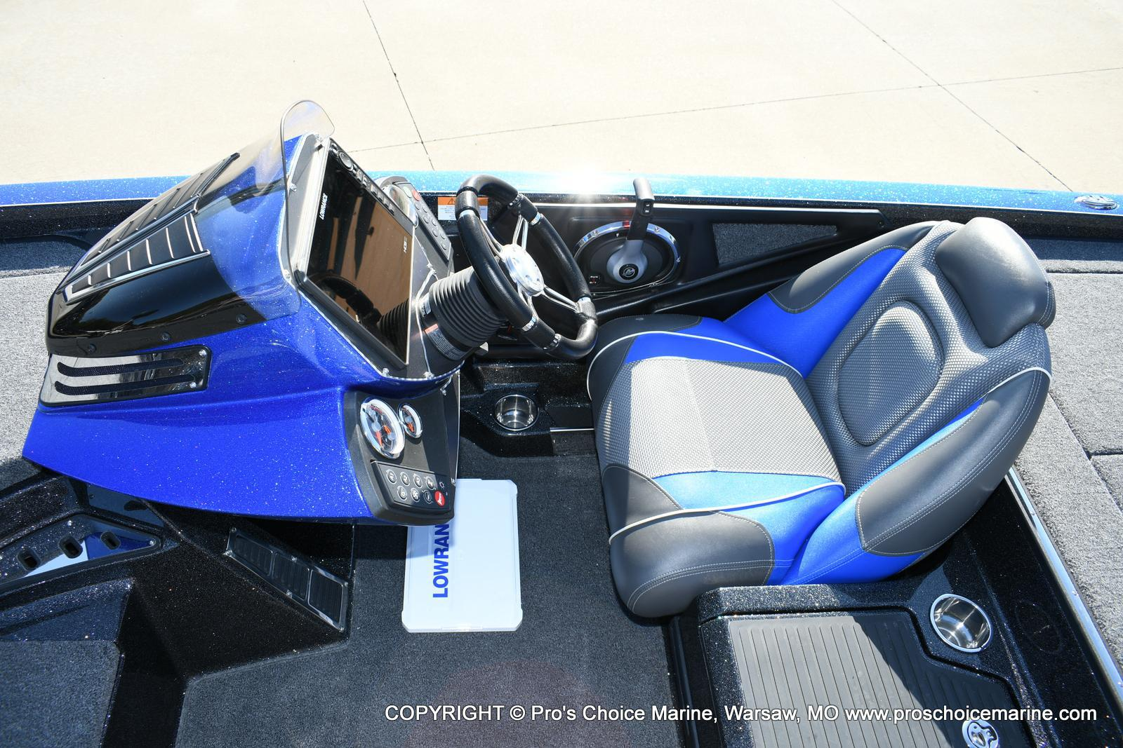 2020 Ranger Boats boat for sale, model of the boat is Z521C Ranger Cup Equipped & Image # 26 of 50