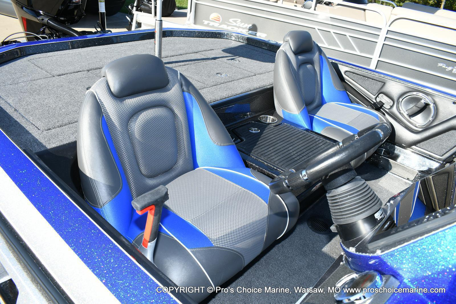 2020 Ranger Boats boat for sale, model of the boat is Z521C Ranger Cup Equipped & Image # 36 of 50