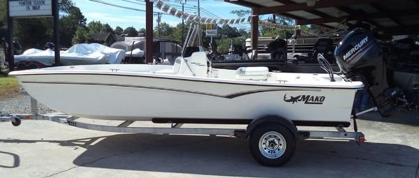 2019 Mako boat for sale, model of the boat is Pro Skiff 17 CC & Image # 1 of 12