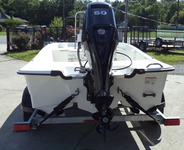 2019 Mako boat for sale, model of the boat is Pro Skiff 17 CC & Image # 4 of 12