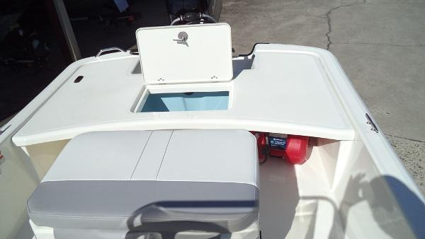 2019 Mako boat for sale, model of the boat is Pro Skiff 17 CC & Image # 6 of 12