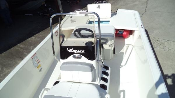 2019 Mako boat for sale, model of the boat is Pro Skiff 17 CC & Image # 7 of 12