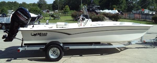 2019 Mako boat for sale, model of the boat is Pro Skiff 17 CC & Image # 11 of 12