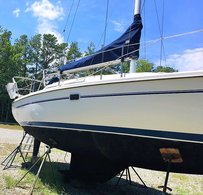 2000 Catalina 28 MkII – Deltaville Yachting Center and