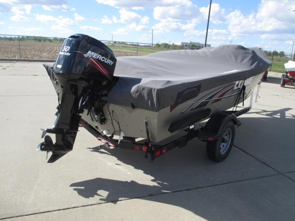 2008 Lowe boat for sale, model of the boat is 165 FISHING MACHINE & Image # 4 of 24