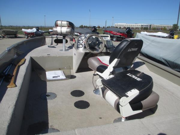 2008 Lowe boat for sale, model of the boat is 165 FISHING MACHINE & Image # 17 of 24