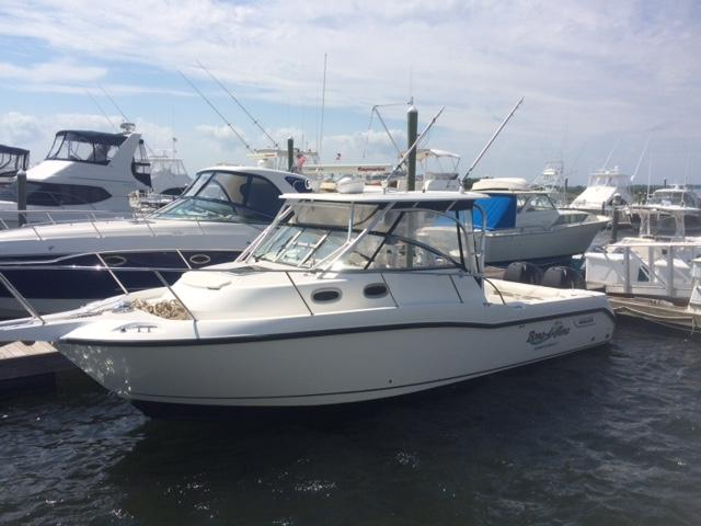 2004 Boston Whaler 305 Conquest Sandy Hook Yacht Sales