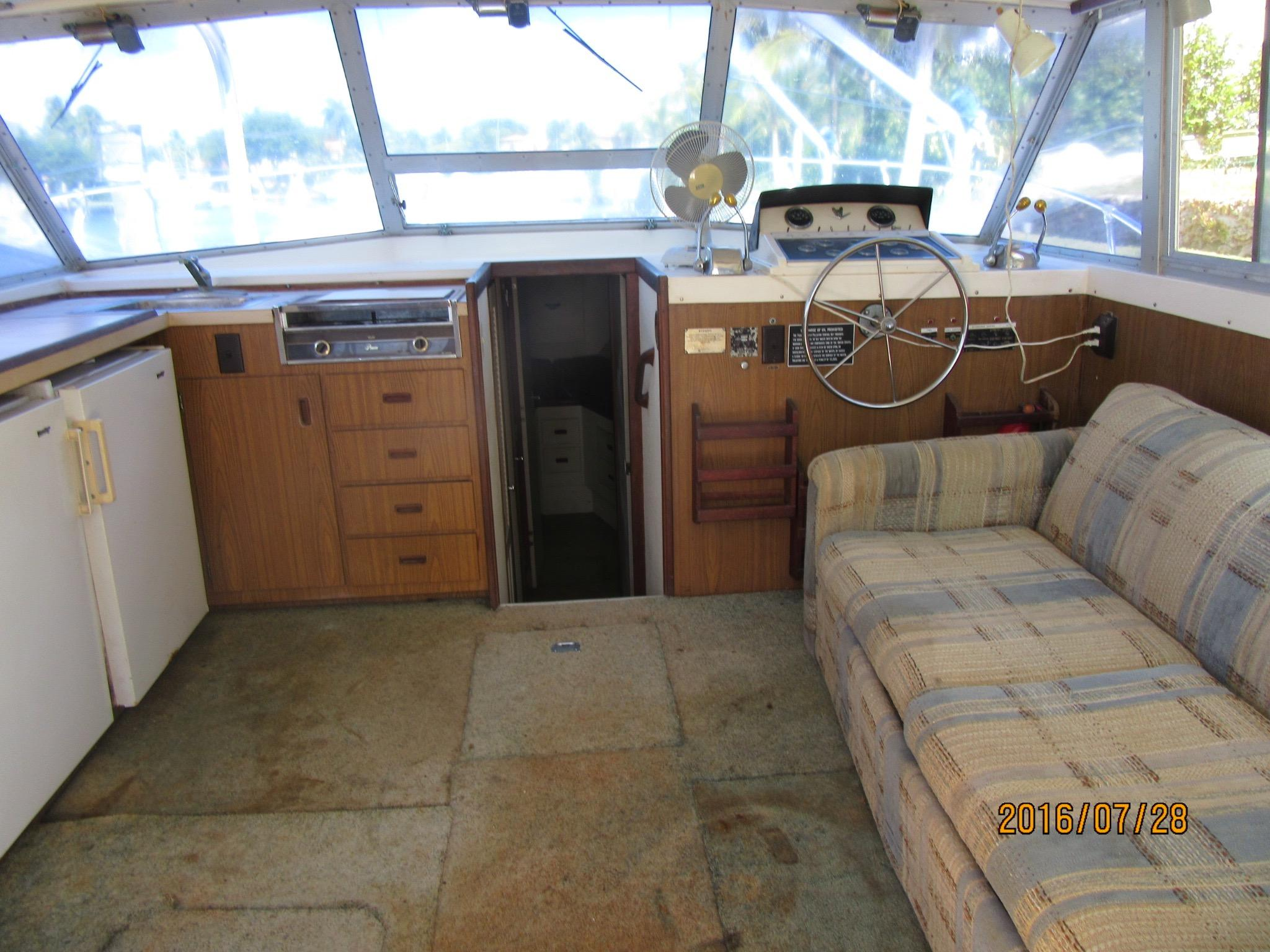 Spacious Salon With Galley With Ample Room For All Essentials.