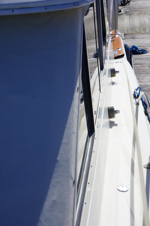 Chris-craft 382 Commander - Photo: #13