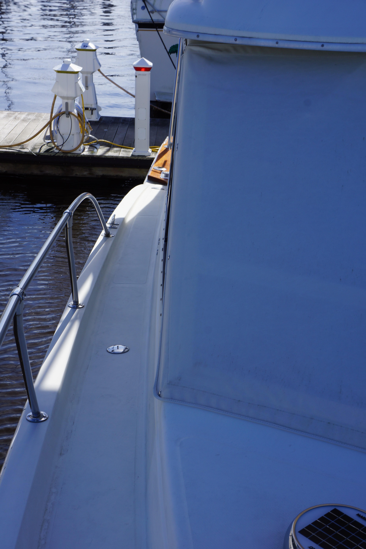 Chris-craft 382 Commander - Photo: #14