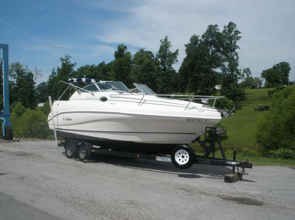 1999 RINKER FIESTA VEE 242 for sale