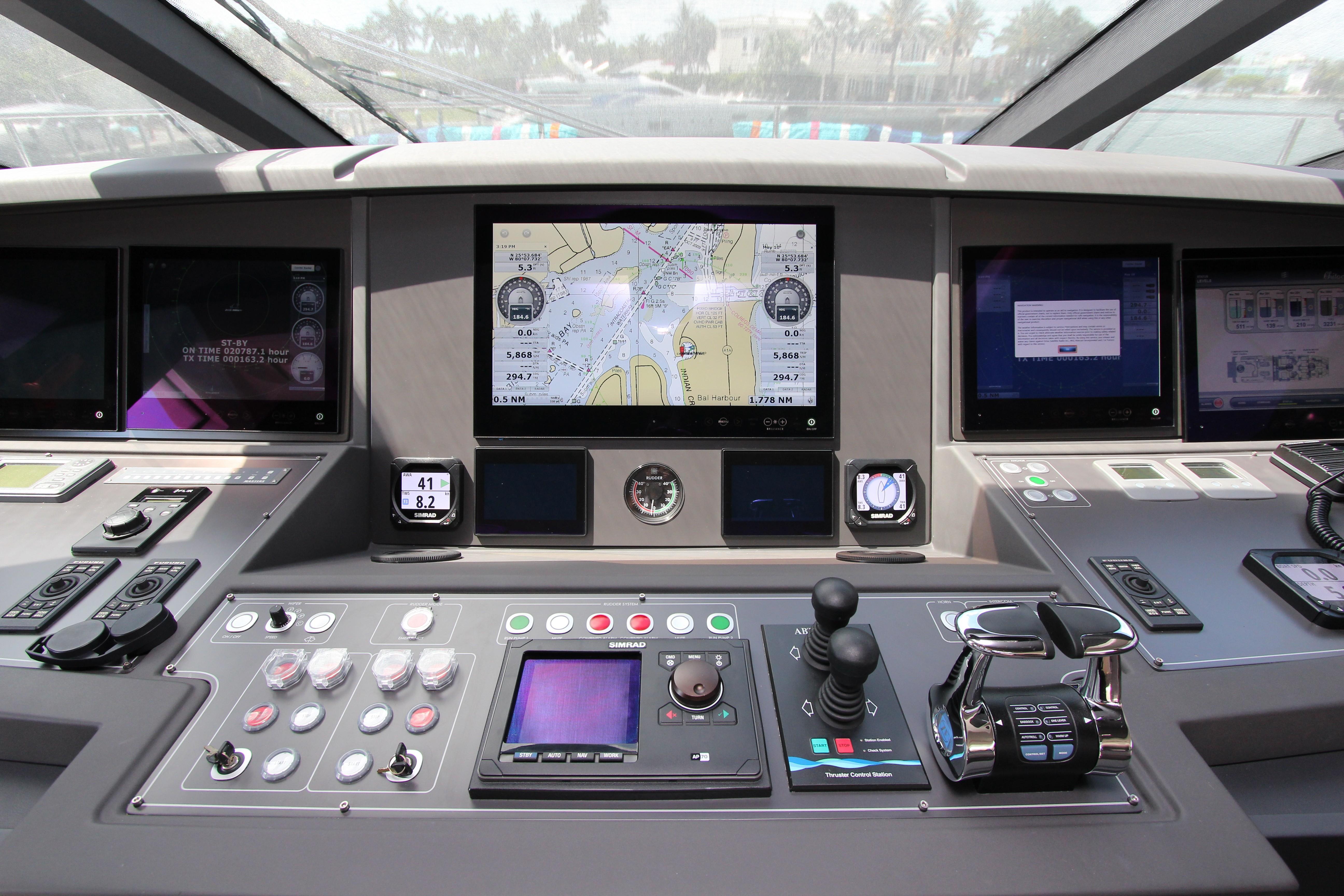 2016 Custom Line 108 - Helm Electronics