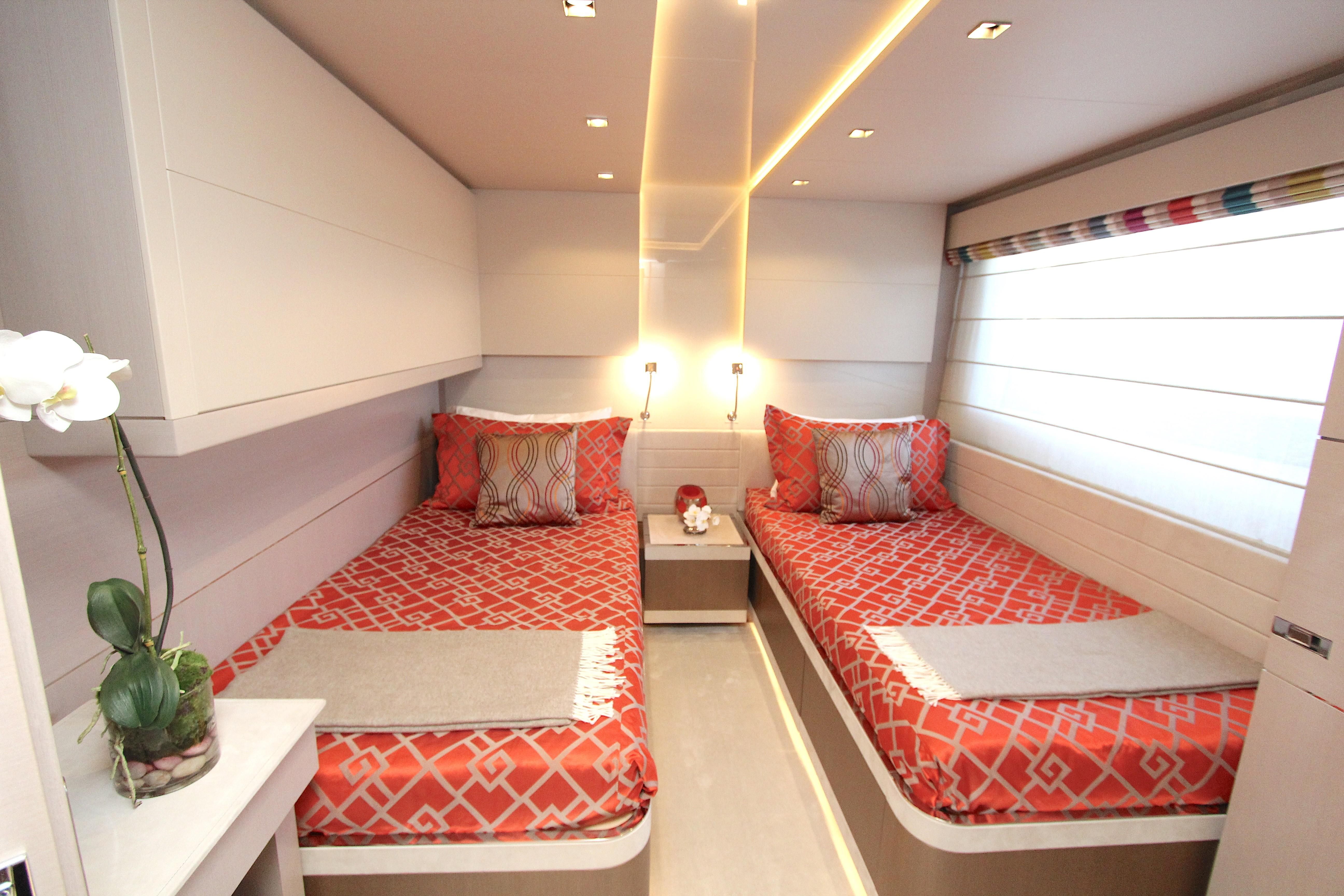 2016 Custom Line 108 - Twin Cabin