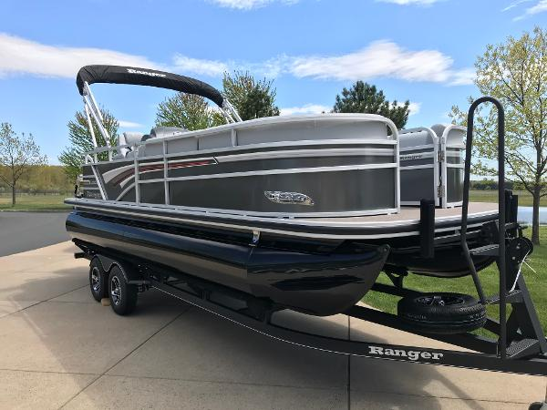 2020 Ranger Boats boat for sale, model of the boat is Reata 220C & Image # 2 of 48