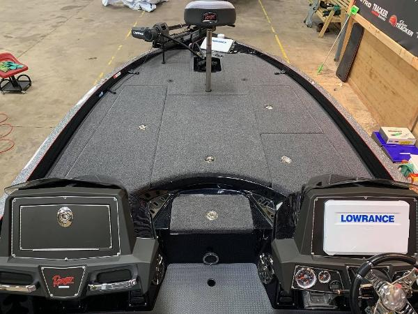 2021 Ranger Boats boat for sale, model of the boat is Z520L & Image # 9 of 11