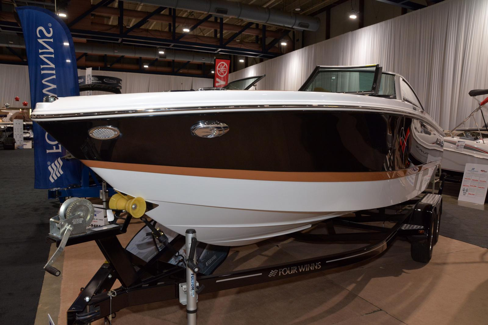 2020 Four Winns boat for sale, model of the boat is Horizon 210 & Image # 1 of 24