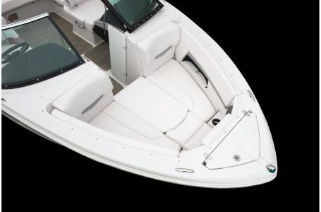 2020 Four Winns boat for sale, model of the boat is Horizon 210 & Image # 11 of 24