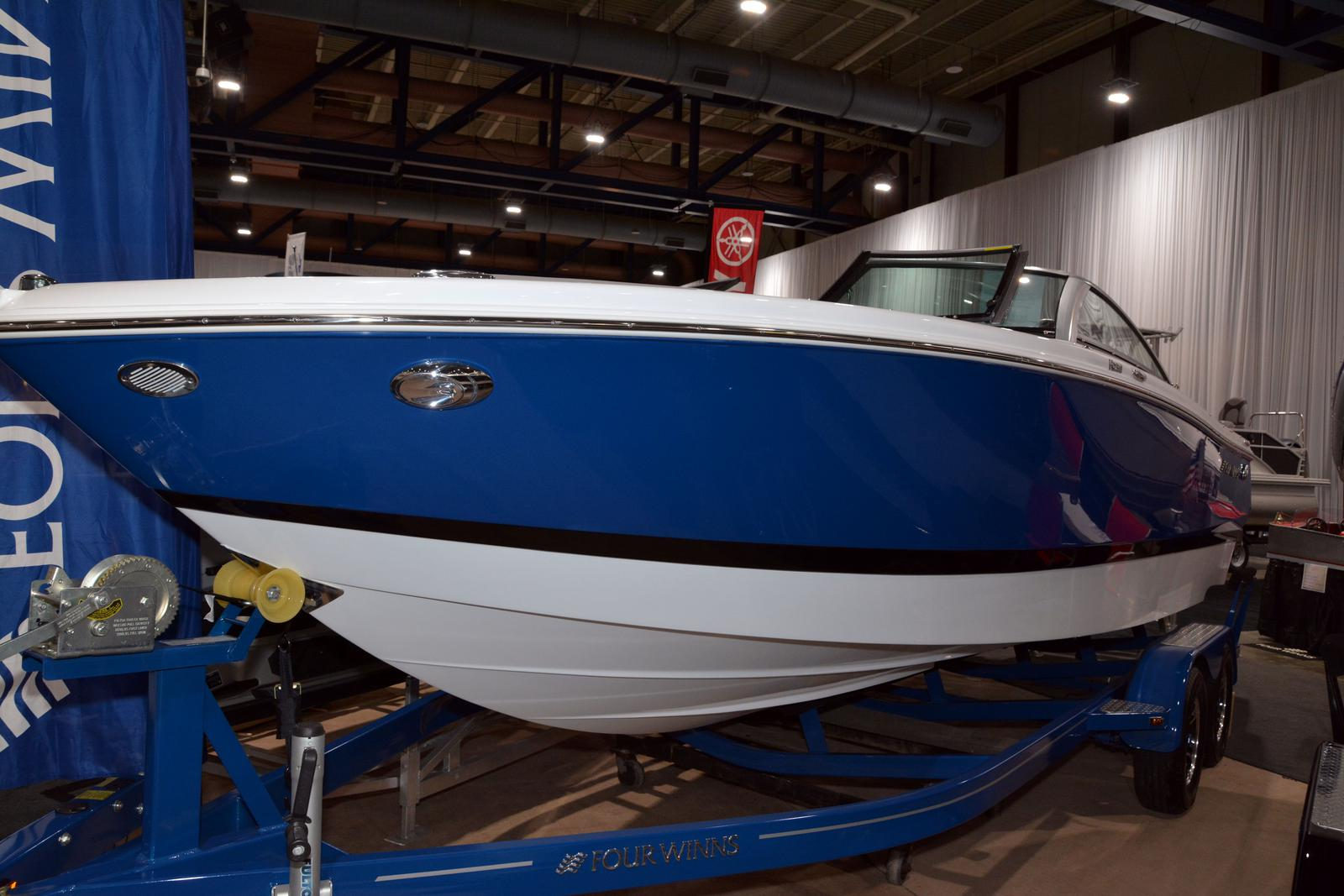 2020 Four Winns boat for sale, model of the boat is Horizon 230 & Image # 1 of 14