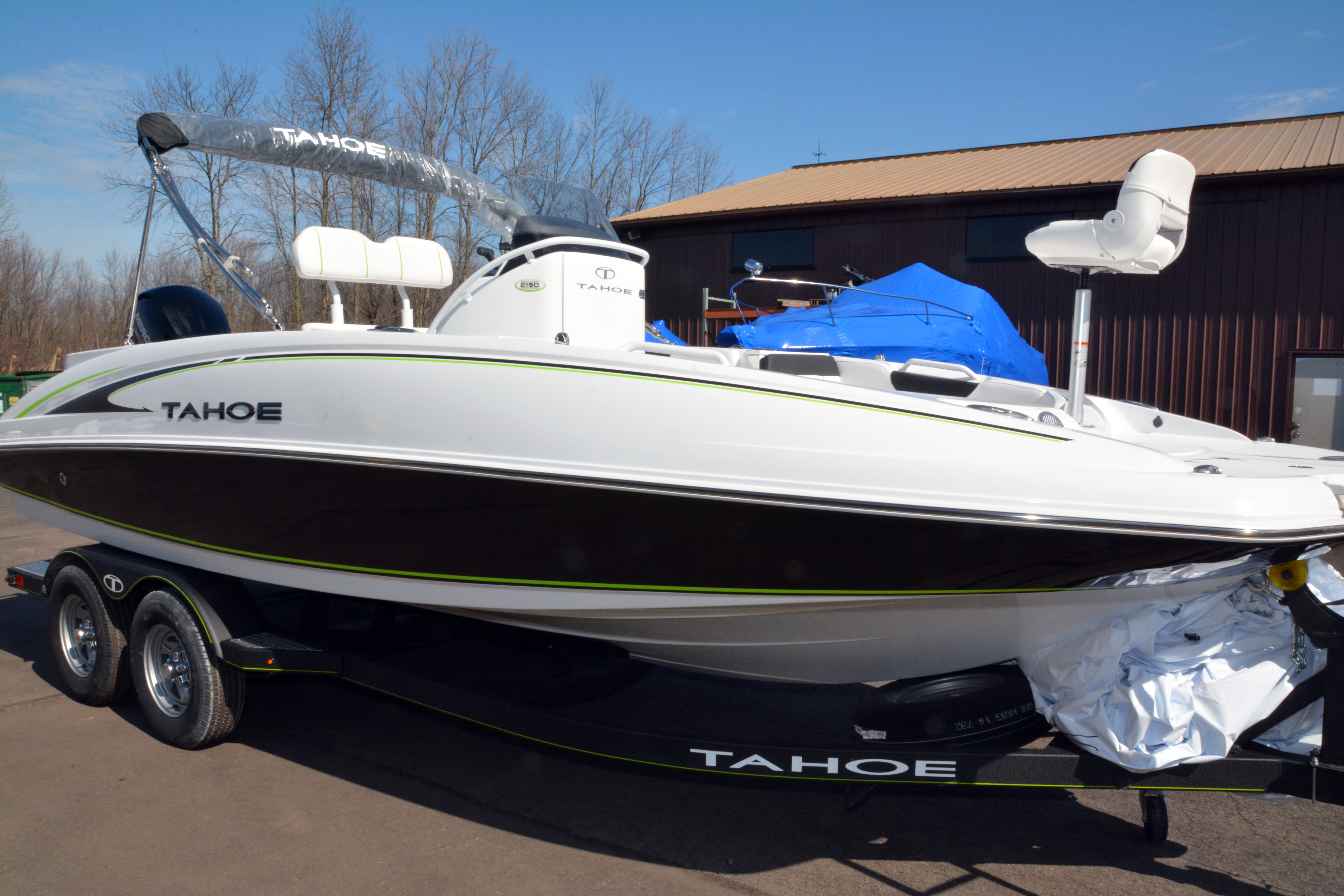 2020 Tahoe boat for sale, model of the boat is 2150 CC & Image # 1 of 50