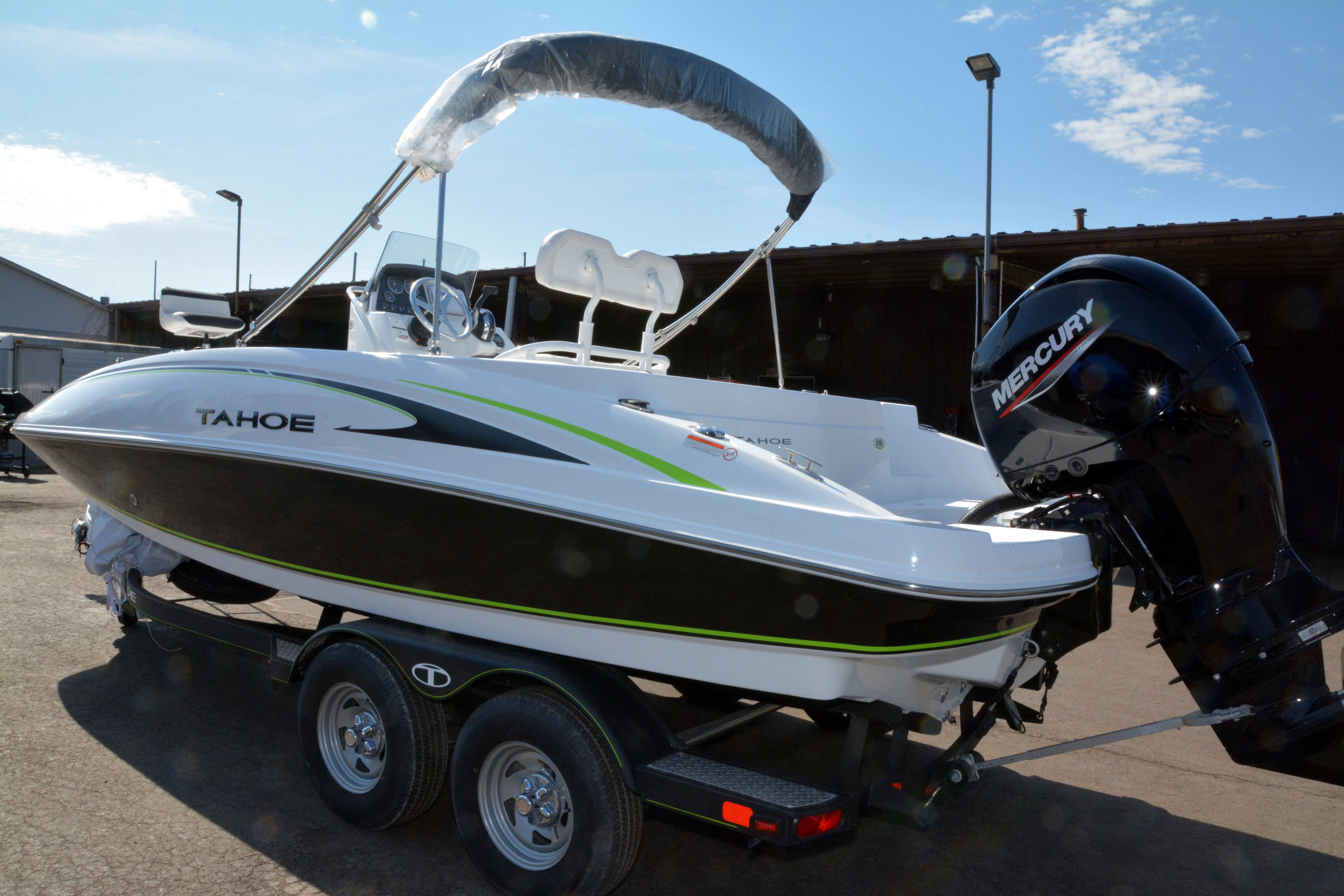 2020 Tahoe boat for sale, model of the boat is 2150 CC & Image # 13 of 50