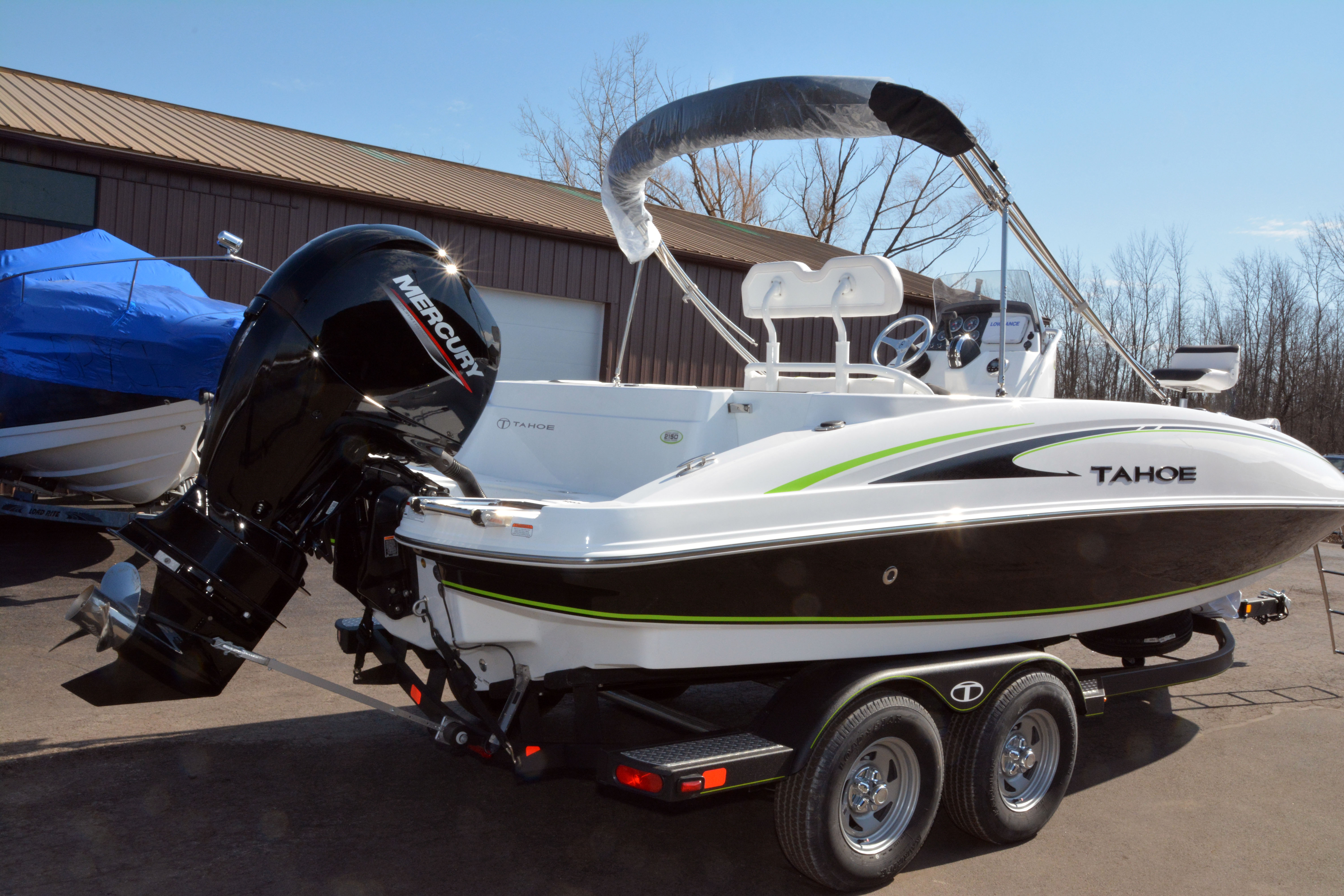 2020 Tahoe boat for sale, model of the boat is 2150 CC & Image # 14 of 50