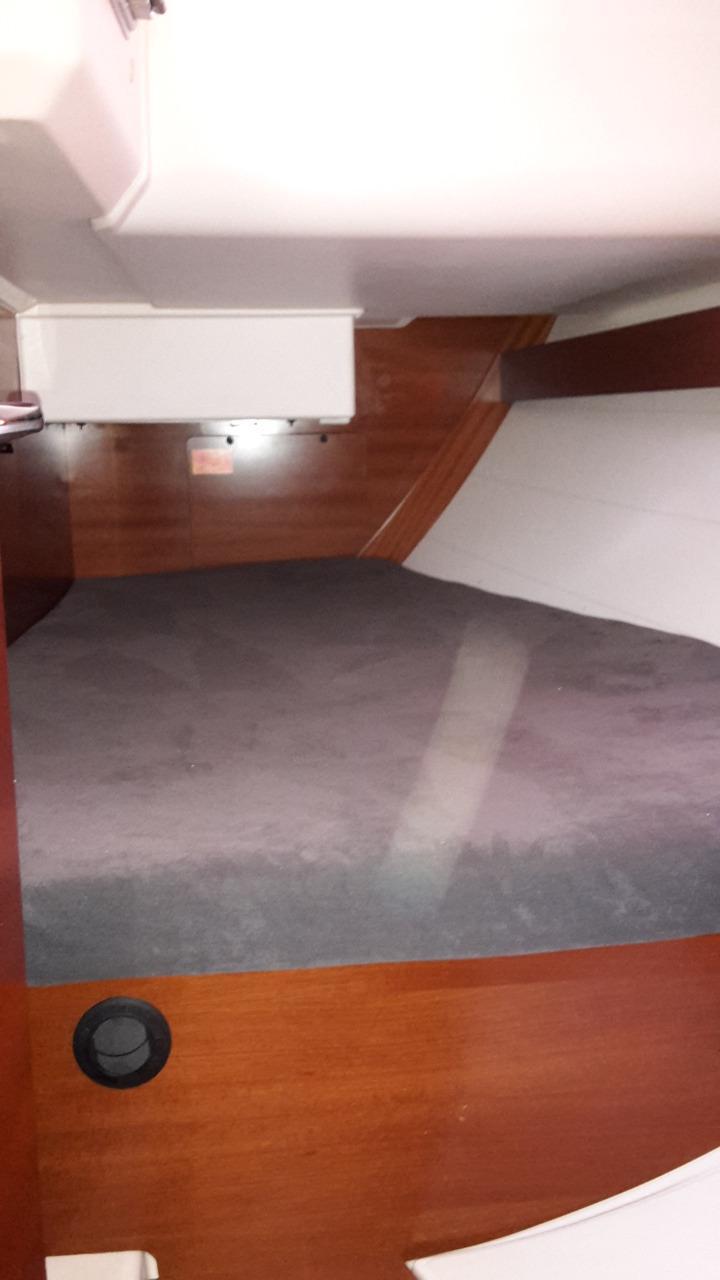 Dufour 40e Aft cabin