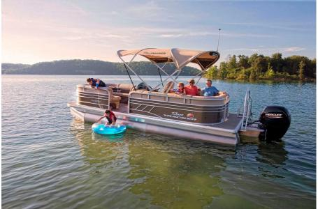 2020 Sun Tracker boat for sale, model of the boat is Party Barge 22 DLX & Image # 1 of 15