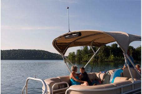 2020 Sun Tracker boat for sale, model of the boat is Party Barge 22 DLX & Image # 15 of 15