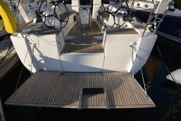 Jeanneau Sun Odyssey 419 Sell Rhode Island